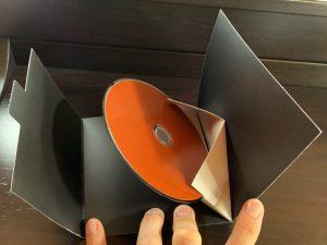 Uno CD Inside
